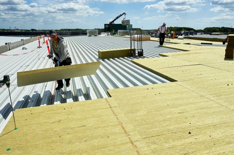 How an Insulated Roof Could Save You Money
